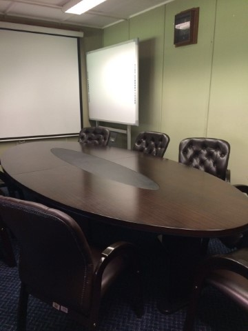 Conference room  accommodates 9 people. Hiring price R250 for tenants and R500 for external clients. Enquiries: Ayanda Krwece, Tel: +27 (0)12 842 4119, E-mail: KrweceA@arc.agric.za